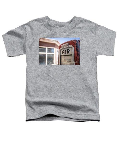 Vintage Air Pump Machine At An Abandoned Gas Station Toddler T-Shirt