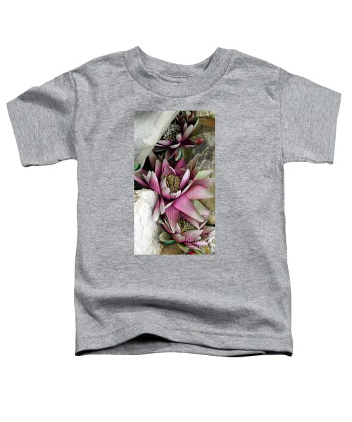 Water Lily - Seerose Toddler T-Shirt