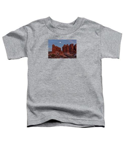 Super Moonrise At Garden Of Eden Toddler T-Shirt