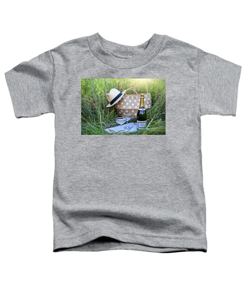 Chic Picnic Toddler T-Shirt