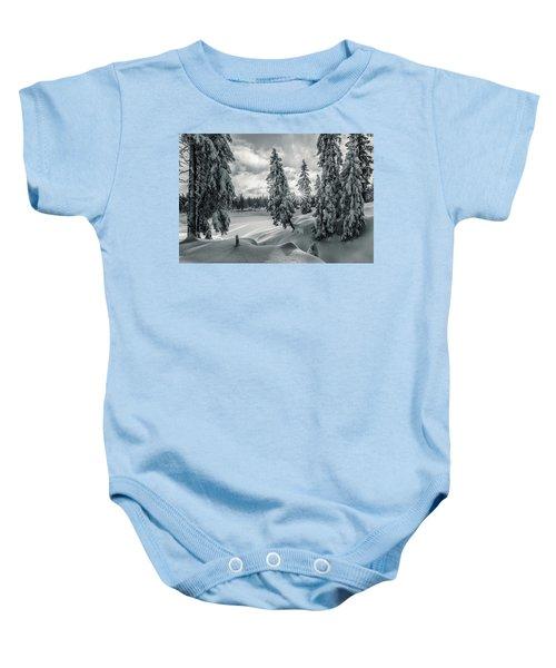Winter Wonderland Harz In Monochrome Baby Onesie