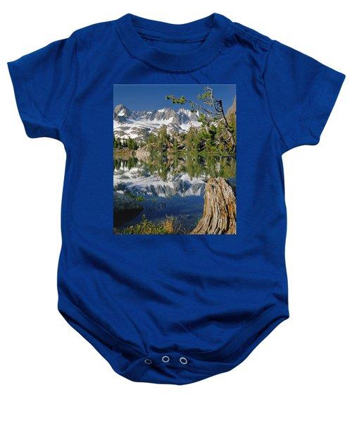 2m6443-v-palisade Peaks And Summit Lake V Baby Onesie