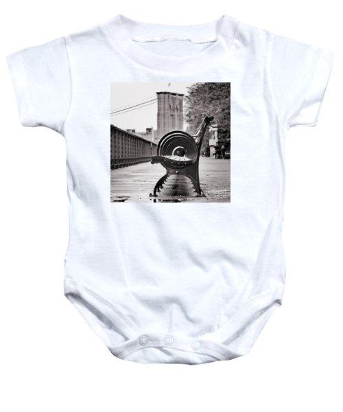 Bench's Circles And Brooklyn Bridge - Brooklyn Heights Promenade - New York City Baby Onesie
