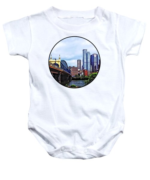 Pittsburgh Pa - Pittsburgh Skyline By Smithfield Street Bridge Baby Onesie