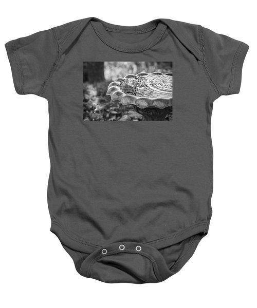 Tennessee Birdbath Baby Onesie