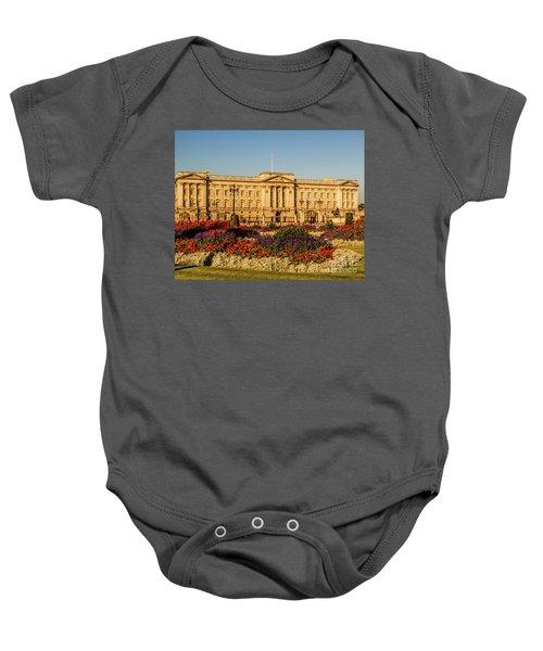 Buckingham Palace, London, Uk. Baby Onesie