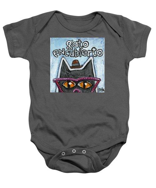 Gato Encubierto Baby Onesie