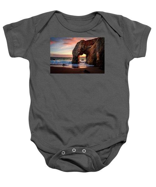 Arche De Port Blanc Baby Onesie