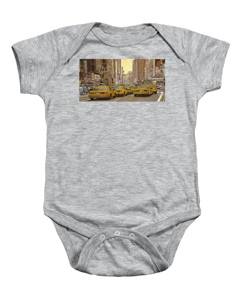 taxi a New York Baby Onesie