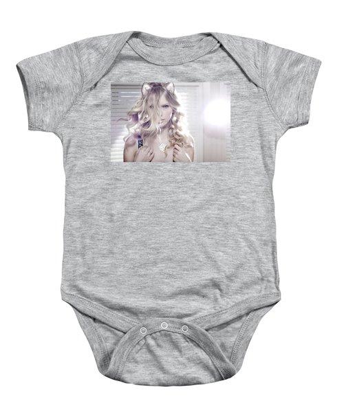 30119 Taylor Swift Taylor Swift Catgirl Baby Onesie