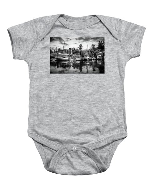 Lovric's Sea Craft Washington Baby Onesie