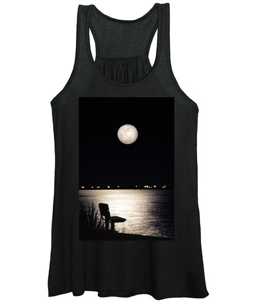 And No One Was There - To See The Full Moon Over The Bay Women's Tank Top