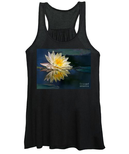 Beautiful Water Lily Reflection Women's Tank Top