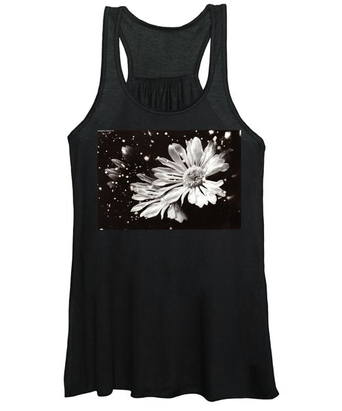 Fractured Daisy Women's Tank Top
