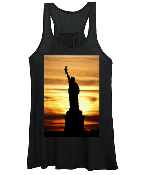 Statue Of Liberty Silhouette Women's Tank Top