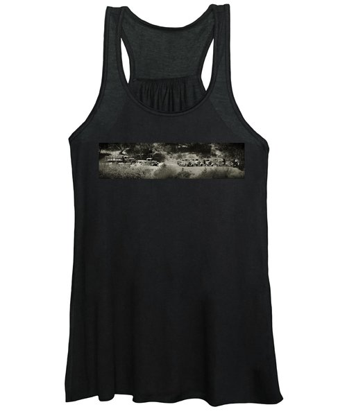 Gathering Black And White Women's Tank Top