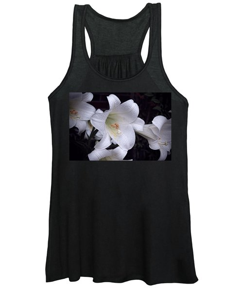 Lily With Rain Droplets Women's Tank Top