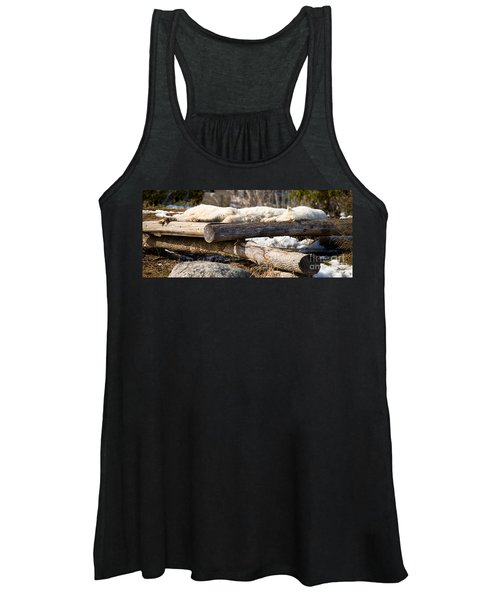 Sleeping Wolves On Logs - Like Logs Women's Tank Top