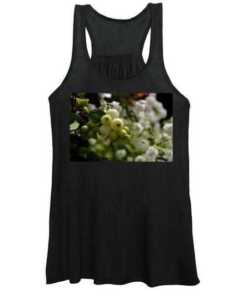 Snowberries Women's Tank Top