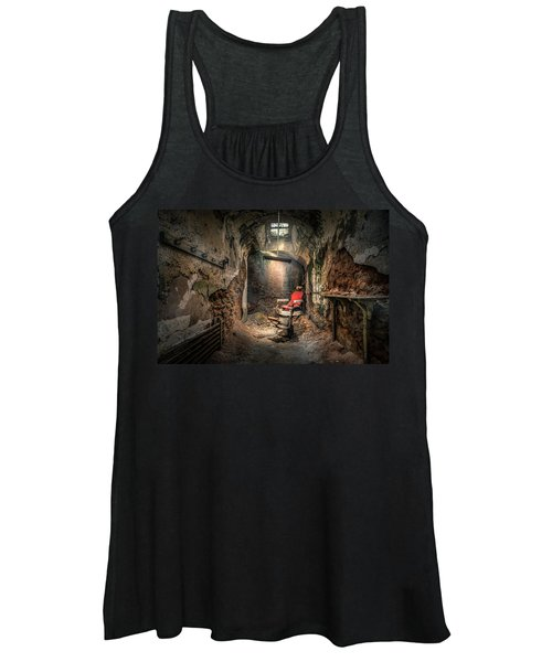 The Barber's Chair -the Demon Barber Women's Tank Top