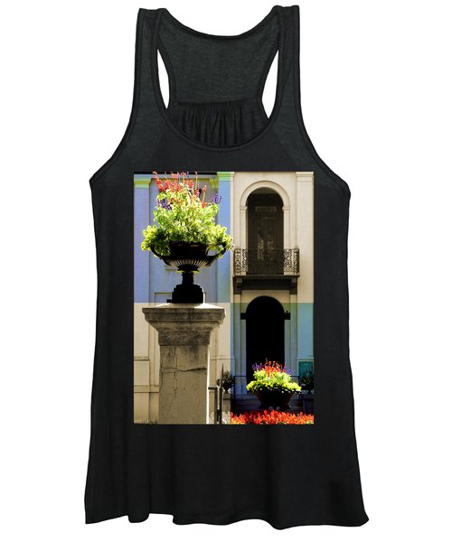 Victorian House Flowers Women's Tank Top