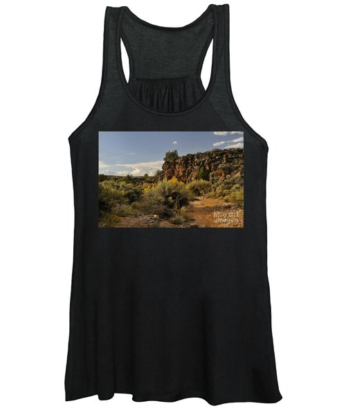 Westward Across The Mesa Women's Tank Top