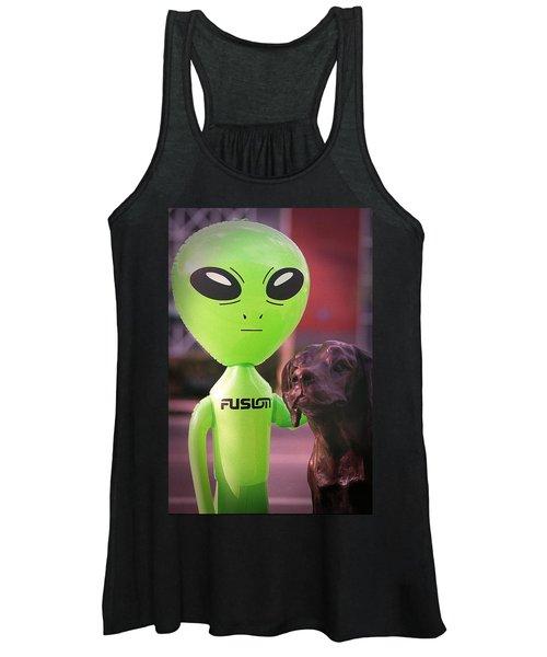Alien's Best Friend Women's Tank Top