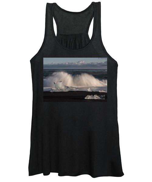 Crashing Waves Women's Tank Top