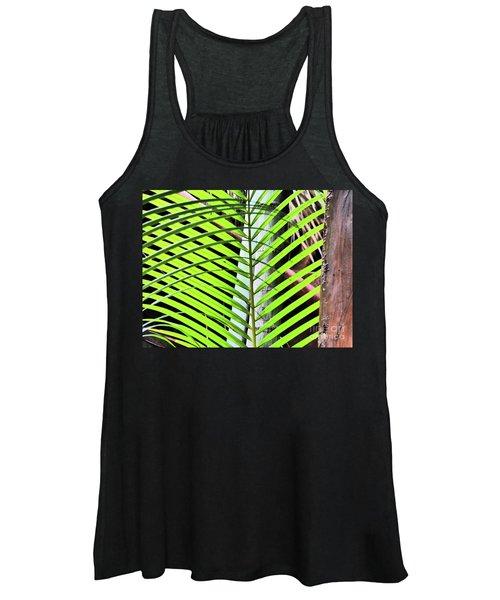 Crisscrossing Palms Women's Tank Top
