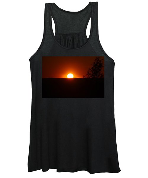 Dramatic Sunset View From Mount Tom Women's Tank Top