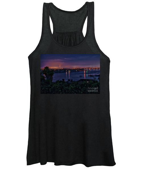 First Moonset Of 2018 Women's Tank Top