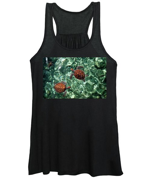 Fragile Underwater World. Sea Turtles In A Crystal Water. Maldives Women's Tank Top