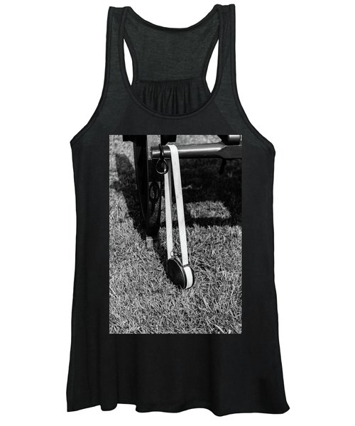 Hanging Canteen Women's Tank Top