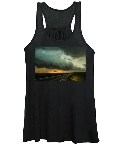 Kansas Storm Chase Bust Day 004 Women's Tank Top