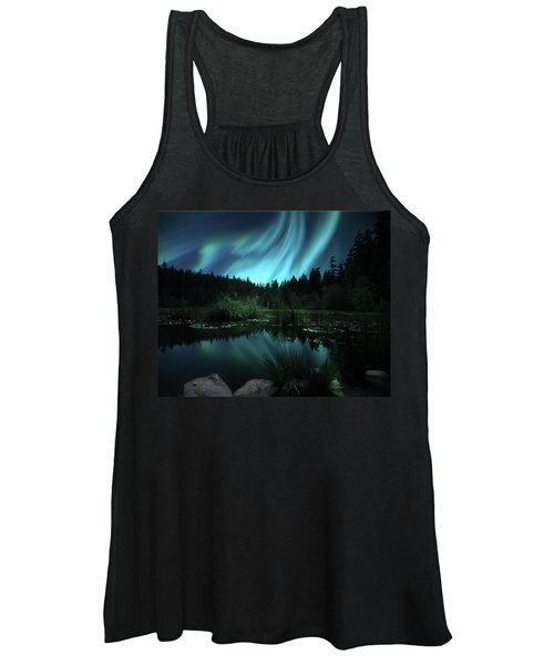 Northern Lights Over Lily Pond Women's Tank Top
