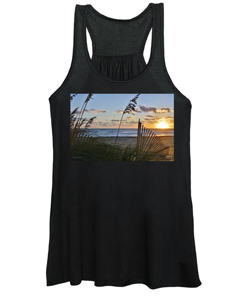 Outer Banks Sunrise Women's Tank Top