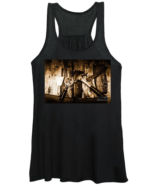 Rusty Old Hand Tools On Rustic Wooden Surface Women's Tank Top