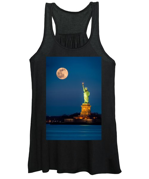 Statue Of Liberty And A Rising Supermoon In New York City Women's Tank Top