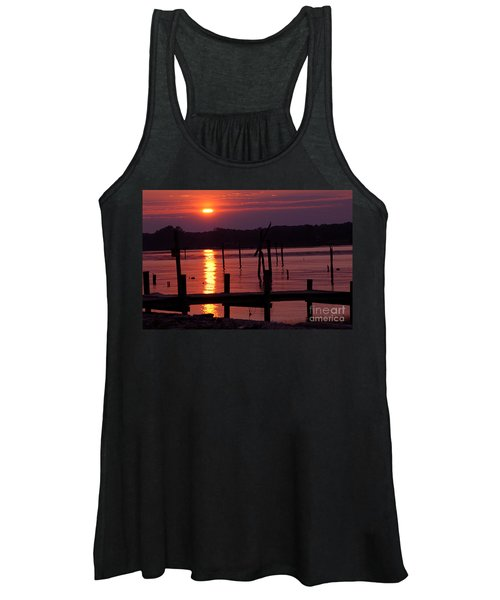 Sunset At Colonial Beach Women's Tank Top