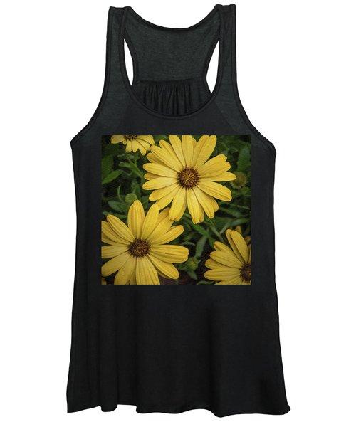 Textured Floral Women's Tank Top