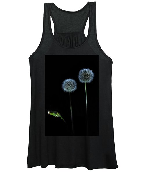 The Darkness Can't Hide You Women's Tank Top