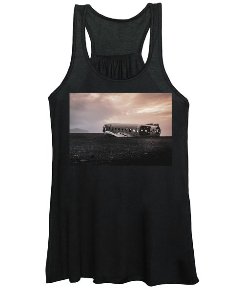 The Ghost - Plane Wreck In Iceland Women's Tank Top
