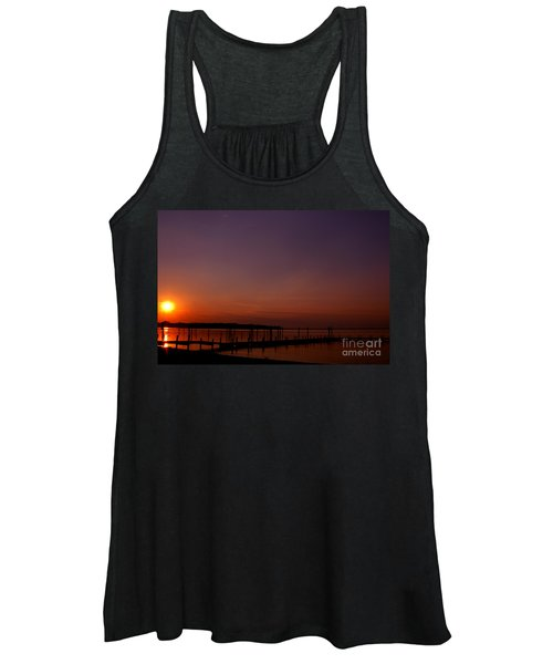 The Sun Sets Over The Water Women's Tank Top