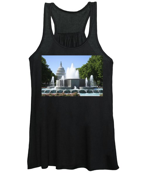 Us Capitol And Fountain In Washington Dc Women's Tank Top