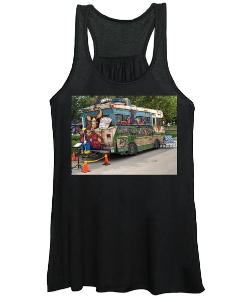 Women's Tank Top featuring the photograph Vacation by Michael Colgate