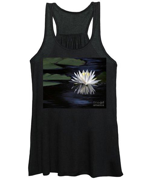 White Water Lily Women's Tank Top