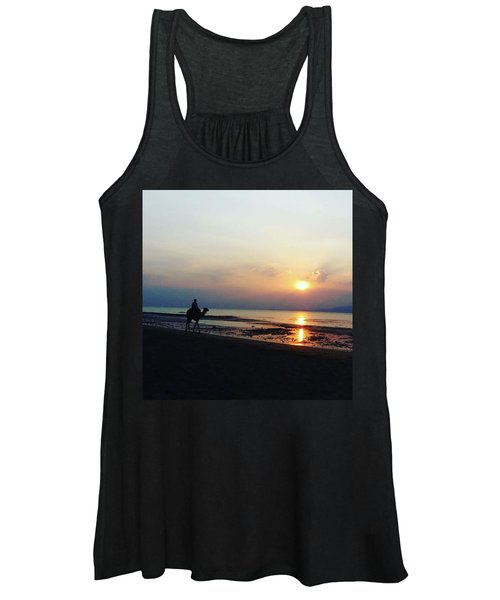Camel Walking Along The Shoreline At Sunset In Egypt Women's Tank Top