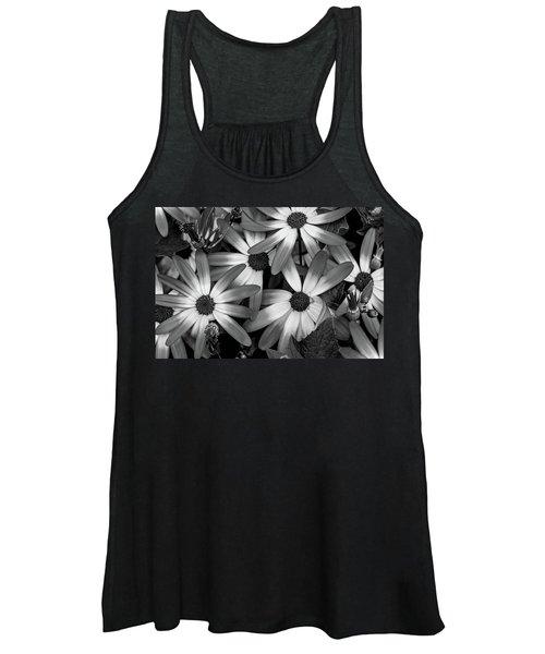 Multiple Daisies Flowers Women's Tank Top