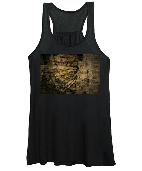 Smashed Wooden Wall Women's Tank Top