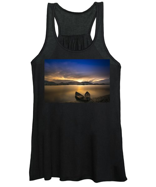 Sunset On The Lake Women's Tank Top